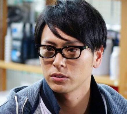 山下健二郎の髪型9