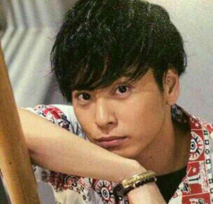 山下健二郎の髪型12