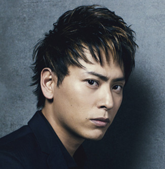 山下健二郎の髪型10