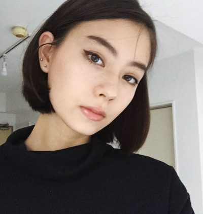 NAKED LOVE 女性 ローレン・サイ